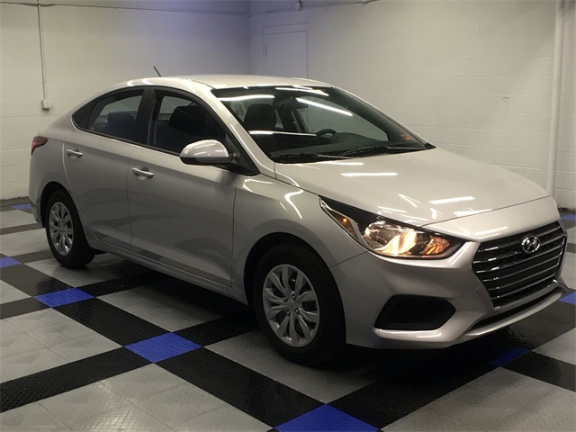 New 2019 Hyundai Accent Se 4d Sedan In South Charleston 9h52248