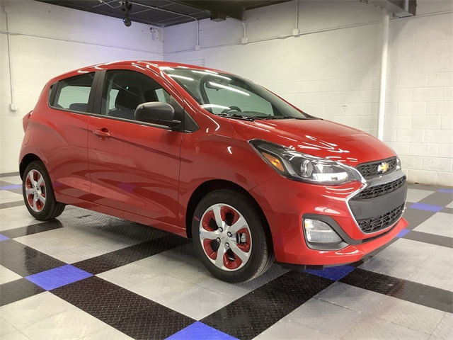 car pictures review: chevrolet spark gt activ 2020