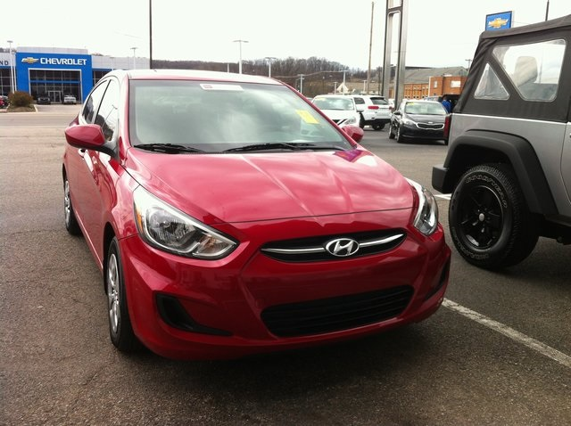 pre owned 2017 hyundai accent value edition 4d sedan in south charleston w51434 joe holland. Black Bedroom Furniture Sets. Home Design Ideas